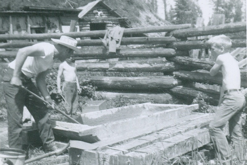 Hap,Brad and Ab building posts - 1964